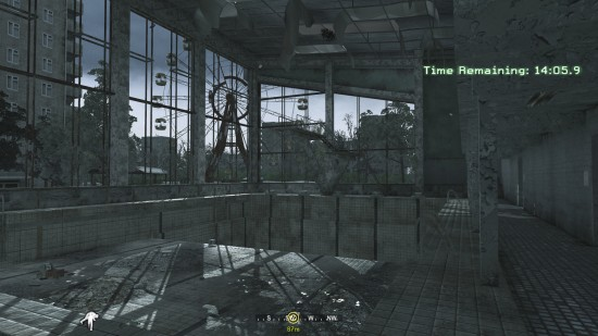 swimming pool 550x309 نگاهی بر یکی از مراحل خاطره انگیز سری Call of Duty