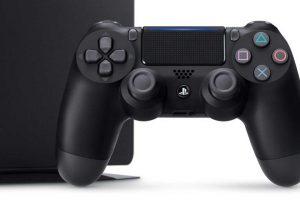 گیمرها هر هفته 800 میلیون ساعت با PS4 بازی میکنند