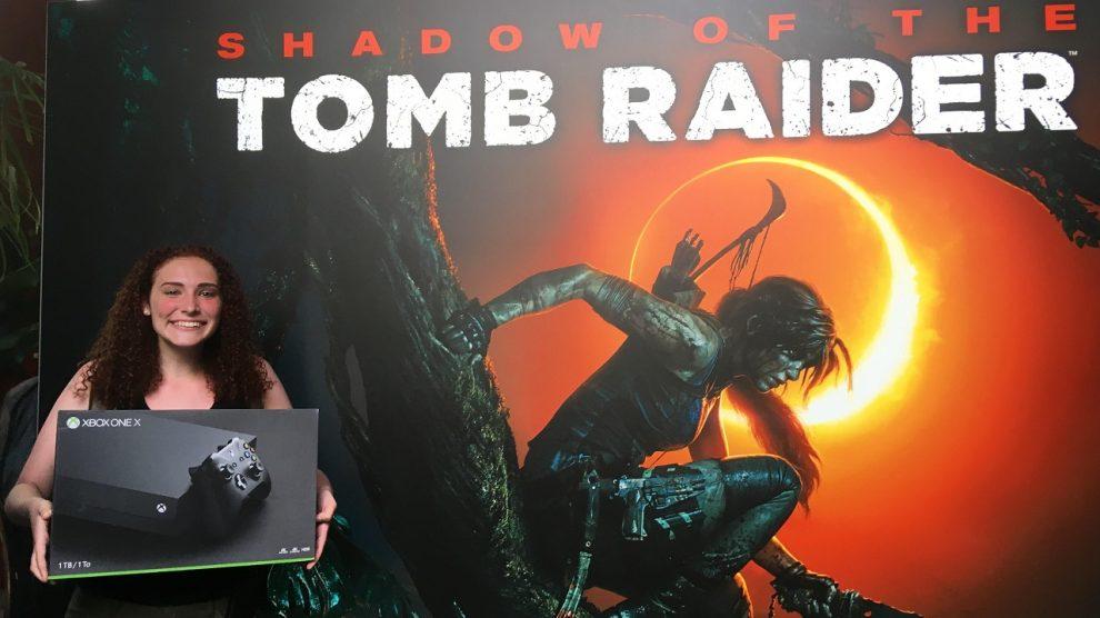 طرفدار Tomb Raider هزارپا خورد و Xbox One X جایزه گرفت !