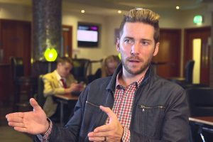 کارگردان The Last of Us با چه توصیهای رویکرد Troy Baker به بازی را تغییر داد ؟